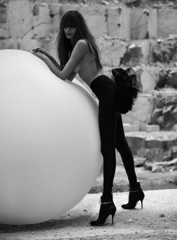 Styled Within: Kenza Fourati: German Cosmopolitan Sex